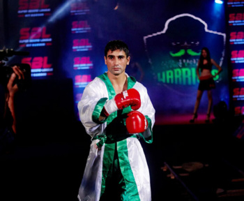 Pooja Bhatt sponsored boxing champion model Sandeep nain
