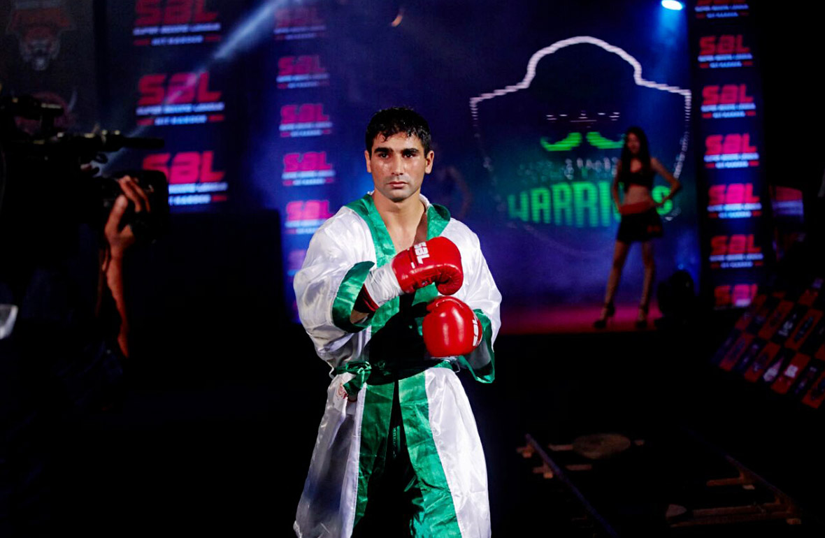 Pooja Bhatt sponsored boxing champion model Sandeep nain