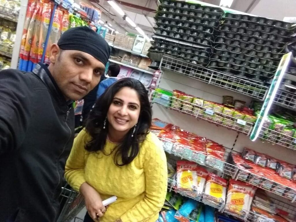 Bhaskar shukla with Sakshi joshi