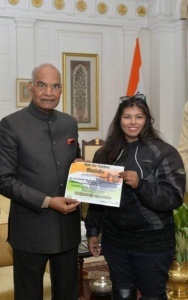 Mitsu Chawda receiving accolades from President of India